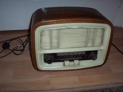 Antik VT R 545 rádió eladó