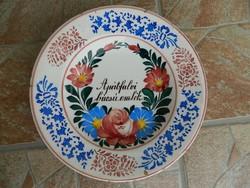 Apátfalvi tányér eladó.