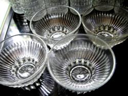 OETKER SCHALE 4 db-os koktélos, krémes pohár, tálka