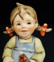 Hummel virágos kislány, 11 cm