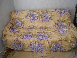 Ágytakaró  200x178 cm + fodor 43 cm