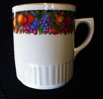 Gyümölcs mintás Zsolnay csésze 222.