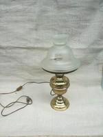 Szecessziós réz petróleumlámpa, jelenleg elektromos.