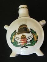 Tűzoltó porcelán kulacs - 8,2 cm magas