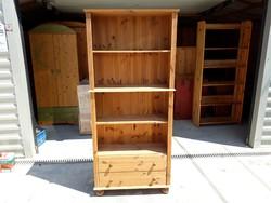 Eladó egy Ikeas 2 fiókos könyves polc Bútor jó  állapotú.