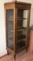 Különleges, 19.sz-i francia üveges szekrény