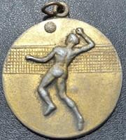 Röplabda sport érem Ludvig BP. gyártói jelzéssel kétoldalas ,véstt mérete:36mm