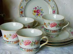 Gyönyörű virágos porcelán csésze 4 db, süteményes tányér 5 db, társítás
