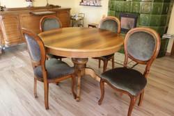 Étkezőasztal 6 db székkel
