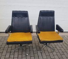 2 db retro fotel együtt 18.000.-
