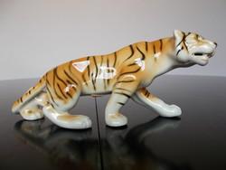 Gyönyörű régi hibátlan Royal dux porcelán tigris, 20 cm