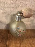 Parfümős üveg
