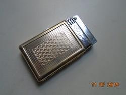 Számozott,fémjelzett Shanghai Öngyújtó cizellált cigaretta tálcával,rugós zárószerkezettel