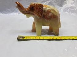 Régi onix elefánt szobor