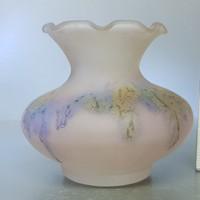 Halványlila, kis opálüveg váza (769)
