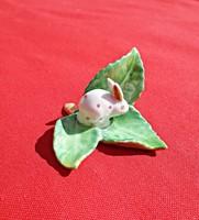 1939-es jubileumi Herendi porcelán nyuszi levelek közt