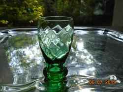 Kis zöld dombor csavart rombusz mintás pohár vastag talppal