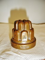 Antik réz cukrász kellék (?) miniatűr kuglófsütőre emlékeztető tárgy