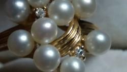 Gyémánt és igazgyöngy arany 585-ös.Ajándékozható!