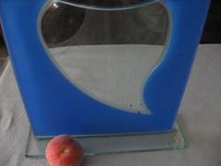 Lapos művészi üveg váza
