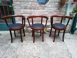 3 db restaurált LICHTIG szék