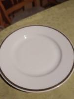 THUN  19  cm es tányér  Aranyszegélyes