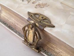 Antik, német nyelvű kis imakönyv réz kapoccsal