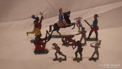 Festett régi ólomkatonák indiánok
