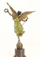 """""""A szárnyas győzelem""""bronzszobor női alak-The winged victory"""