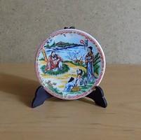 Japán jelenetes porcelán pici dísztányér 5,5 cm (1/p)
