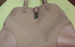Retro indonéz női táska