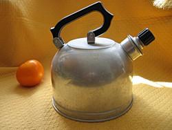 Retro alumínium teás kanna, vízforraló