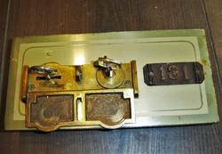 Antik ARNHEIM - Budapest banktrezor / banki széf / páncélszekrény ajtó zárral, kulcsokkal.