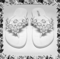 Gyöngyhimzett Flip-flop papucs,egyedi kézműves termék. SP03-1