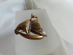 Aranyozott vitorlás medál