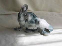 Hibátlan porcelán galambpár