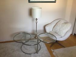 Krómozott retro asztal hibátlan retro design ráadásul praktikus loft