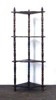 0X914 Esztergált fa sarokpolc 106 cm