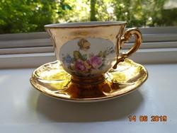 Nagyon ritka Aranybrokát és színes virágmintás medalionos Zsolnay kávés csésze alátéttel
