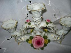Porcelán gyertyataró