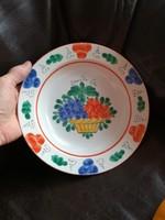 Zsűrizett fali tányér
