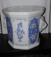 Oroszlánfejes porcelán kaspó - német