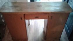 Fésülködő asztal