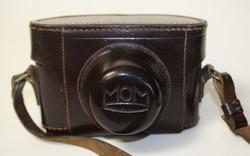 MOM Mometta II fényképezőgép, valódi bőr tokjában