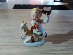 Nagyon ritka, régi Lippelsdorfi Német porcelán kisfiú kecskével.