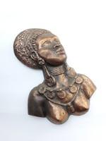Bronz réz? egzotikus női büszt falikép mellkép - fém falidísz - törzsi ékszereket viselő néger akt