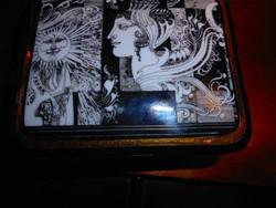 Felírattal:Részlet Szász Endre Napfény című alkotásából Hollóházi porcelán doboz