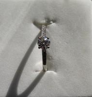 0,53 karátos briliáns gyémánt eljegyzési gyűrű