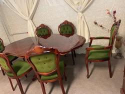 Neobarokk étkező 6 db csodás székkel