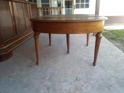 4m-re mővíthető antik asztal